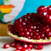 How to Eat: Pomegranate