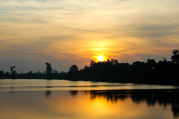 Sunrise at Sra Sreng