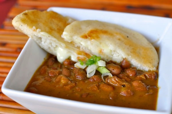 Bean stew with corn bread