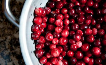 Food Postcard: Christmas Cranberries