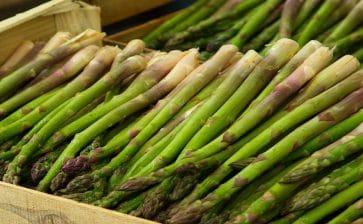 How to Eat: Asparagus