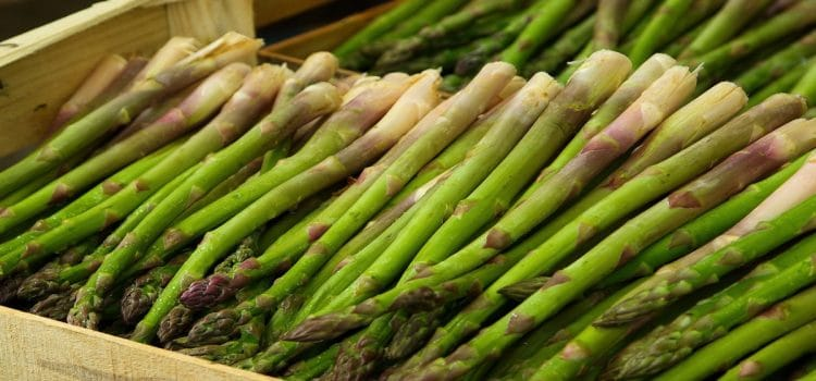 How to Eat: Asparagus