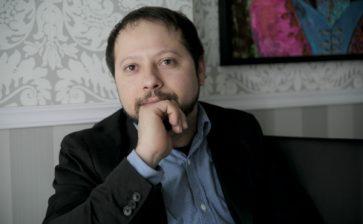 E. Amélio de Oliveira: From Brazil to the United Kingdom