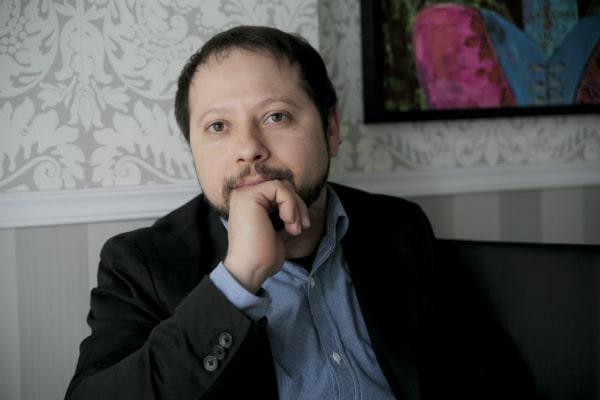 E. Amélio de Oliveira