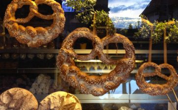 Food Postcard: Pretzels in Rothenburg ob der Tauber