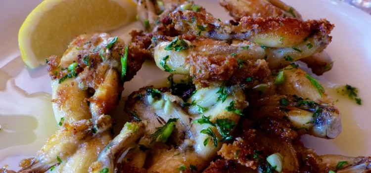 How to Eat: Frogs' Legs