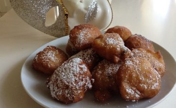 Venice Carnival : Sweet Specialities for Your Program