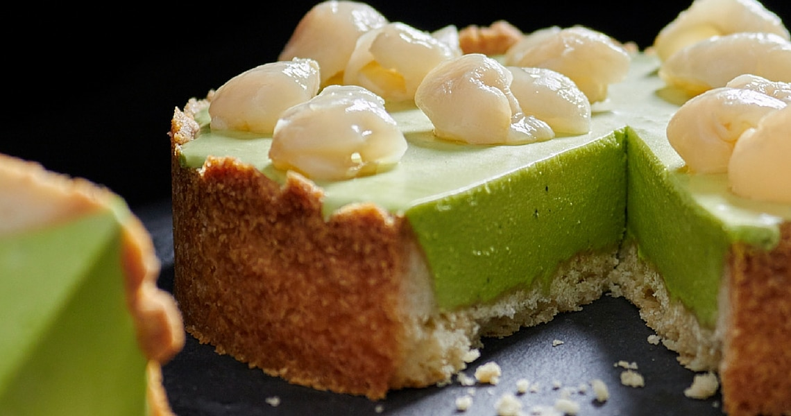 This green tea tarte with Lychee is perfect for the grey days in winter. (Photo credit: Benjamin Maasz)