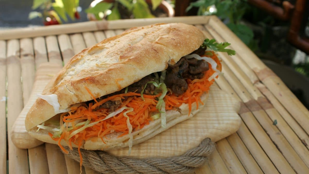 Vietnamese sandwich filled with veggies, meat and sauce