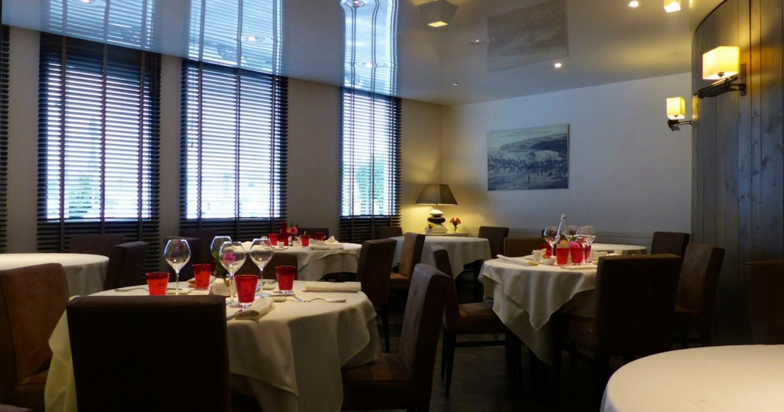 The Restaurant La Croix Blanche has a very elegant and classic decor. (Photo credit: Christine Cognieux)