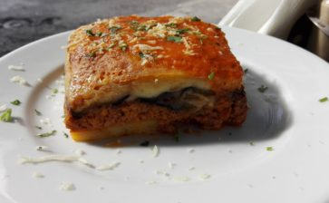 Food Postcard: Moussaka – A Tasteful Addition to a Wonderful Honeymoon in Greece