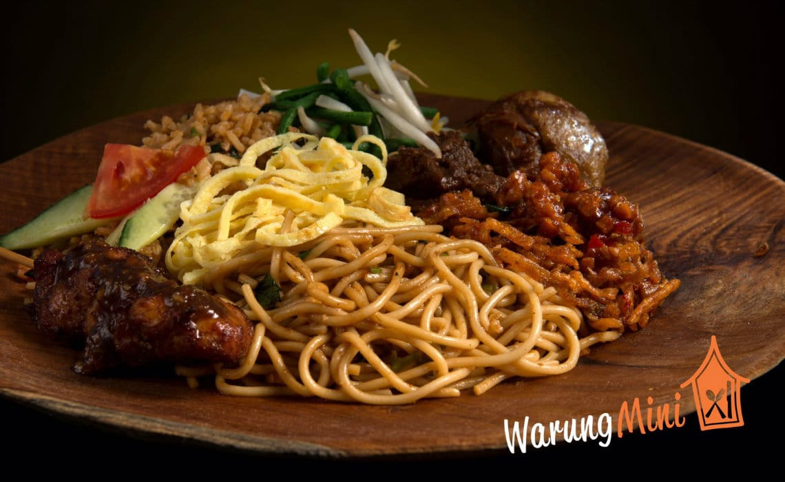 Delicious noodles (Photo Credit: Warung Mini)