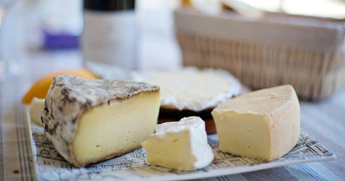 A platter of French cheeses represents a course on itself and follows some rules. (Photo Credit: Pixabay)