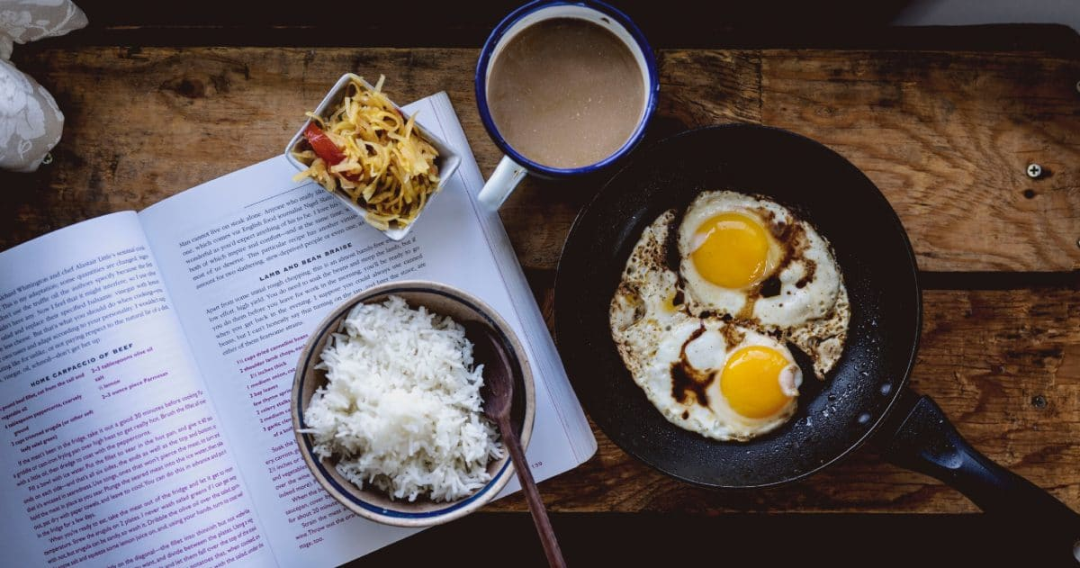 My morning routine: a strong breakfast and a good book. (Photo credit: Soe Thein)