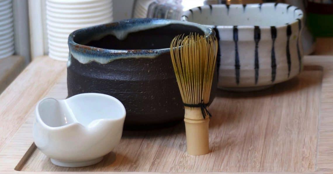 what-is-matcha-matcha-tea-utensils