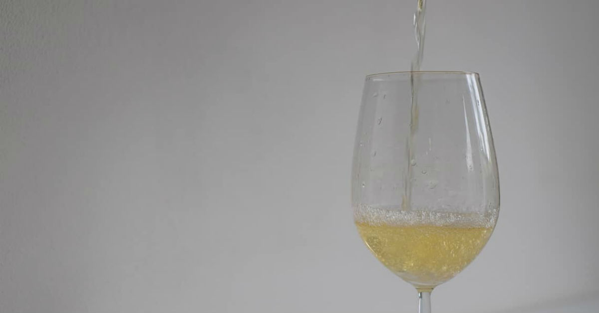 As the Txakoli is poured the flavours are released in a silver stream of bubbles