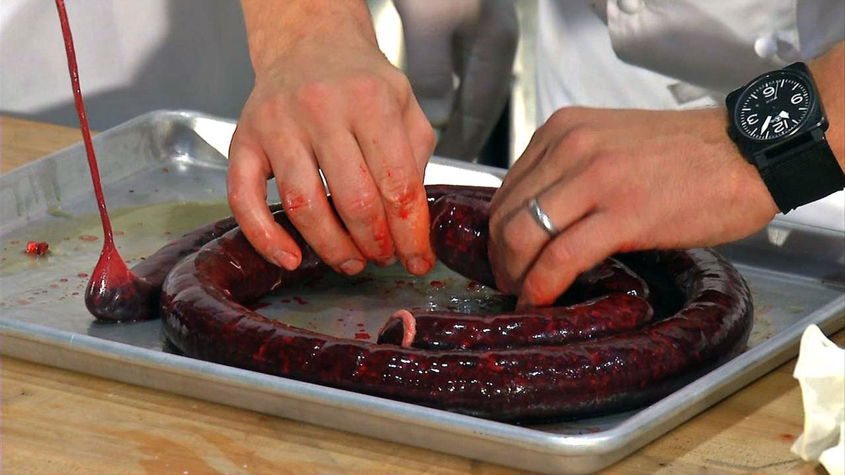 How to eat blood sausage or black pudding - One of the most ancient charcuterie, boudin noir mixes the most humble parts of the pig to create the richest and most flavorful sausage. Made with pork blood, grease, and condiments, the blood sausage sometimes contains goat or sheep blood, depending on the recipes.
